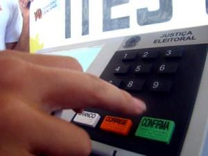 urna eletrônica segurança eleições 2012