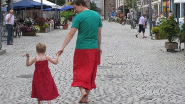 pai saia filho vestido preconceito