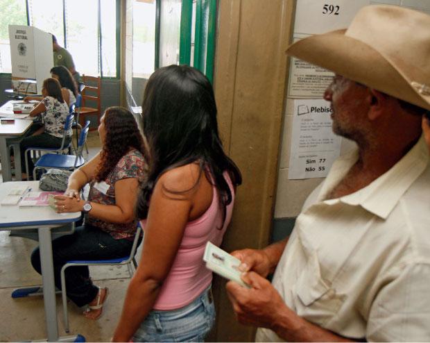 democracia voto urna eleições 2012