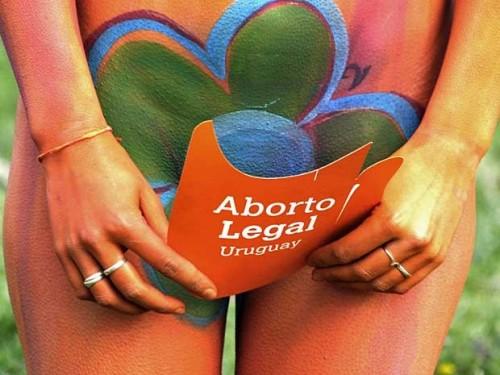 aborto uruguai legalizado descriminalizado