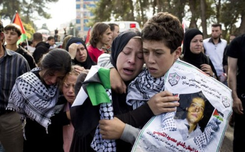 menina palestina israel mãe