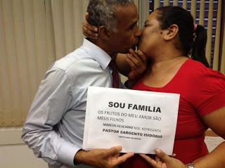 pastor isidoro homofóbico racista