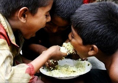fome mundo troca de alimentos