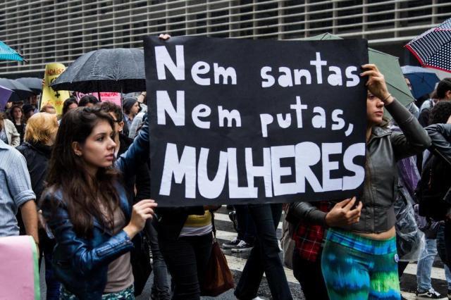 mulheres feministas protesto