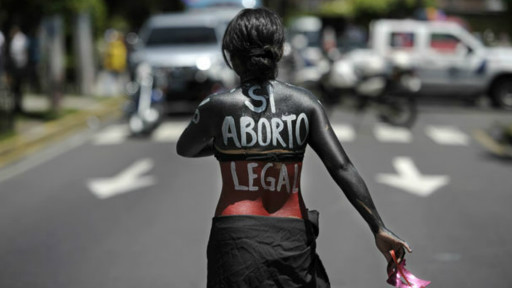 aborto espontâneo el savaldor