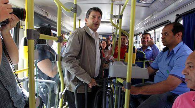 prefeito fernando haddad ônibus sp