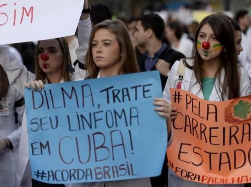protesto médico contra dilma