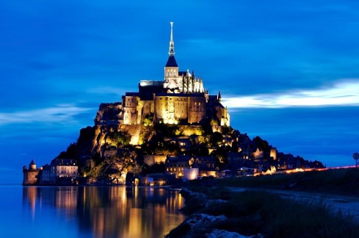 monte Saint Michel noite
