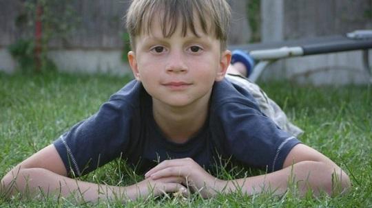 menino câncer tratamento