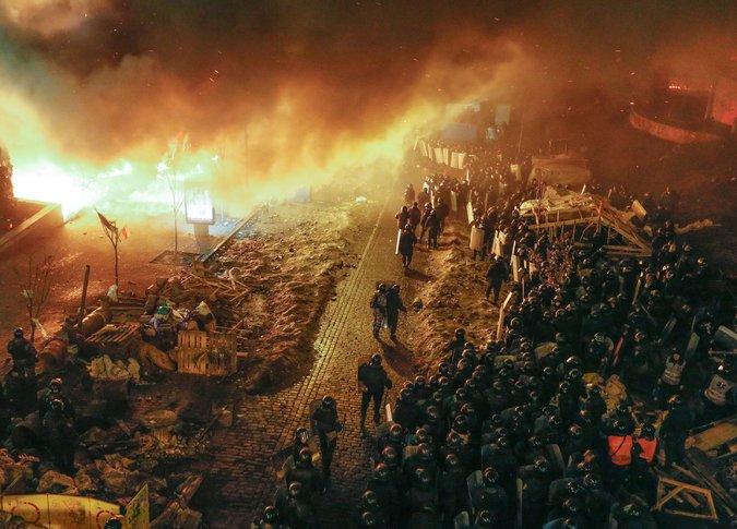 protestos ucrânia 25 mortos
