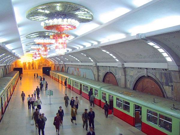 Metrô de Pyongyang coreia do norte