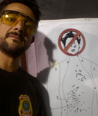 policial federal dilma tiro alvo