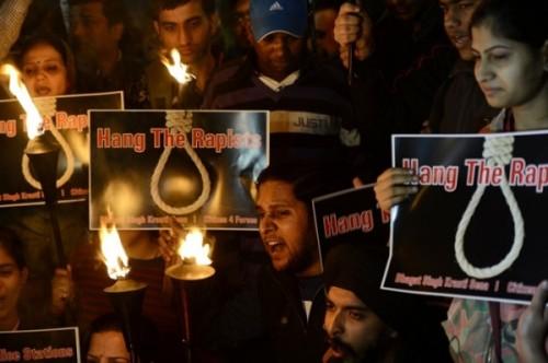 estupro coletivo índia
