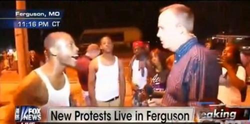 manifestante ferguson repórter fox news