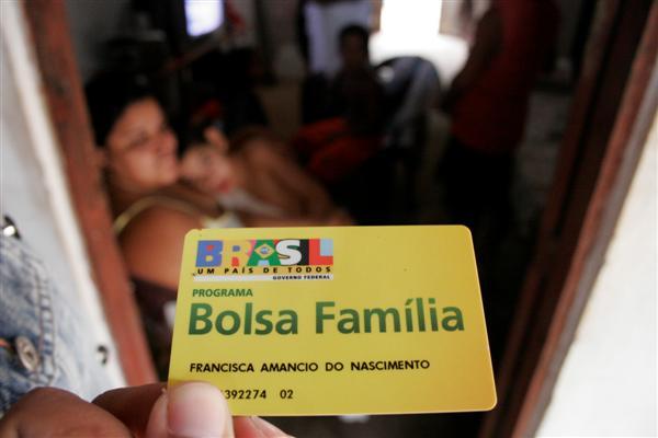 bolsa família voto beneficiário