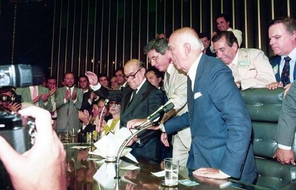 eleições 1989 tancredo ulysses