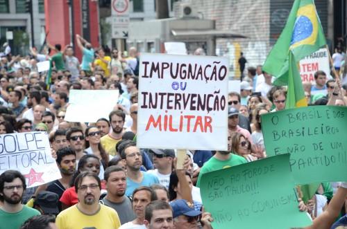 Profissionais da imprensa que acompanharam o ato contra Dilma e pela intervenção militar estão sofrendo perseguições