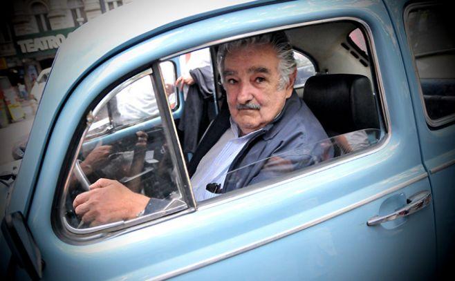 mujica salário fusca doações