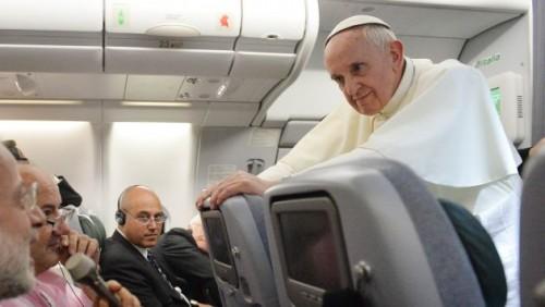 papa francisco transexual gay