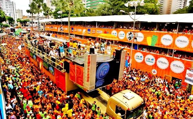 carnaval salvador folião camarote pipoca desigualdade