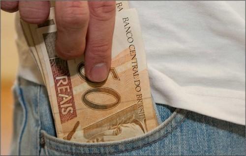 dinheiro bolso salário mínimo