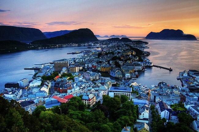 noruega democracia política
