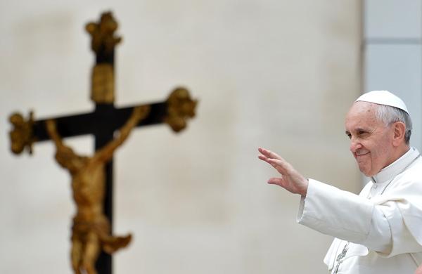 papa francisco gays