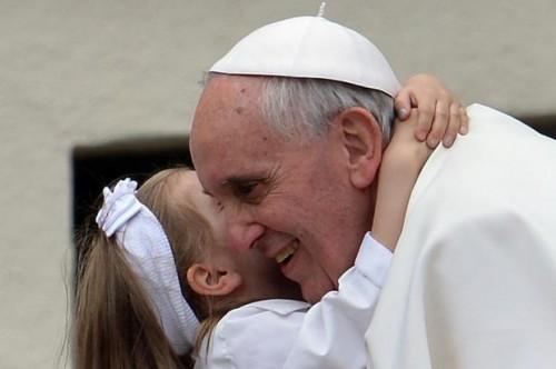 papa francisco palmada