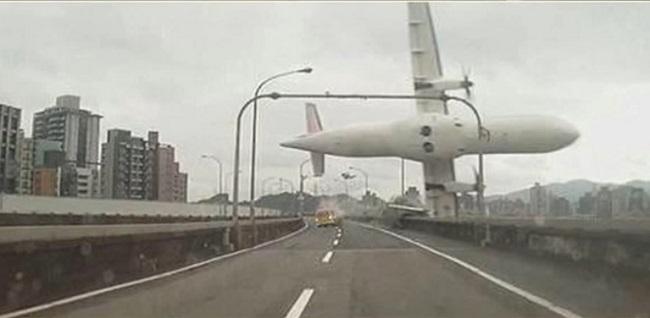 transasia avião queda