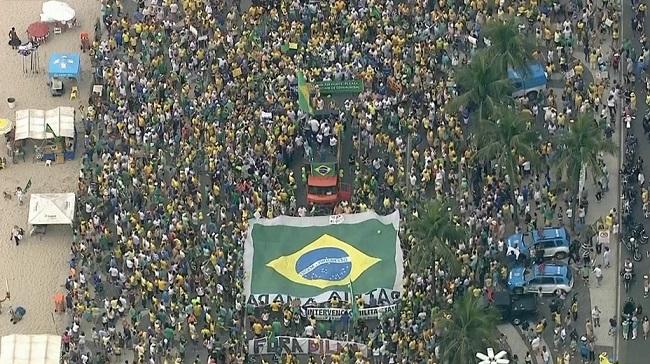 impeachment dilma manifestação copacabana