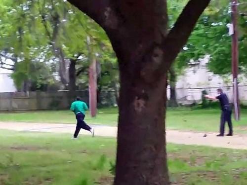 vídeo policial 8 tiros