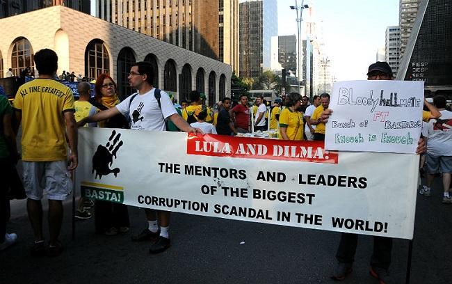 protesto lula dilma manifestação