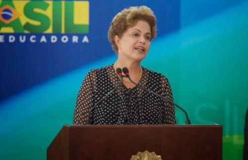 Dilma Rousseff fora salve