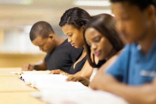 negros estudando concurso diplomata