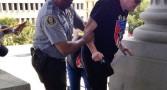 policial-negro-racista
