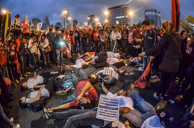 impeachment manifestações esquerda Dilma osasco