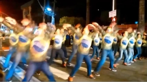 dança manifestantes fora dilma fortaleza