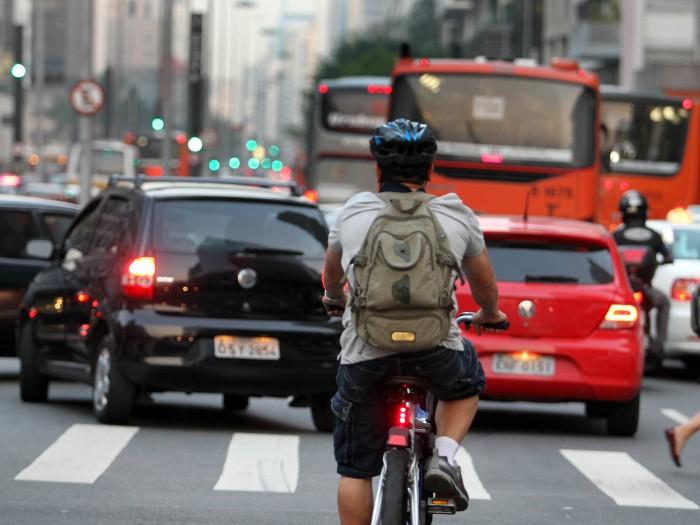 ciclista odeio ciclovia bicicleta