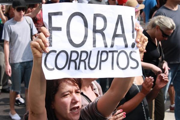 corrupção ideologia dominante