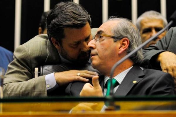 Eduardo Cunha herói Carlos Sampaio
