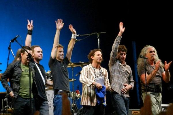 Pearl Jam Mariana Brasil tragédia