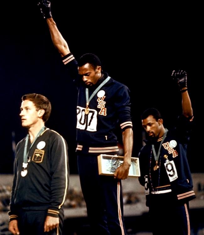 fotografia olimpíada branco negro racismo
