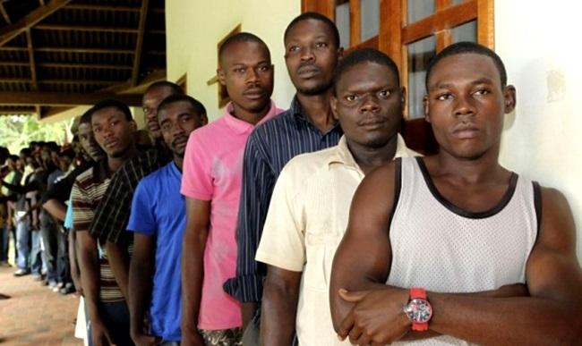 haitianos relatam humilhações preconceito brasil