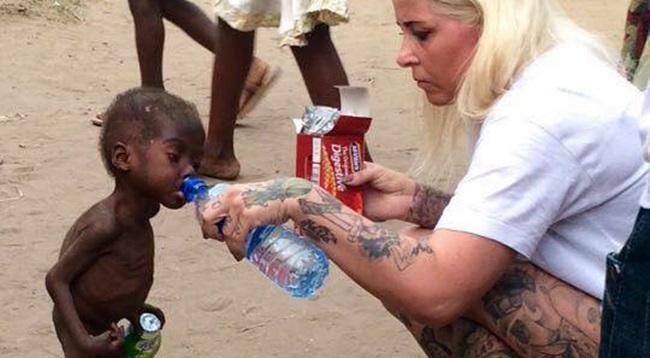 comoventes imagens criança bruxaria nigéria