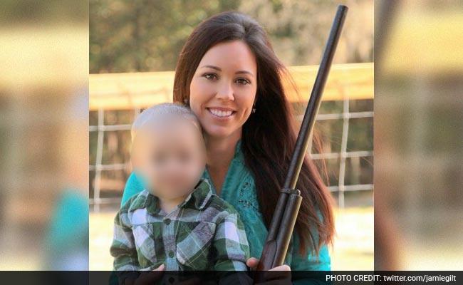 armamento filho 4 anos mãe