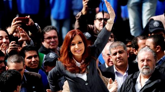 milhares argentinos apoio Cristina Kirchner