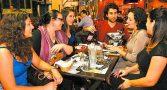 debate-politica-mesa-bar