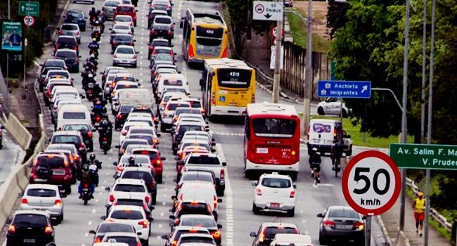 redução velocidade vias trânsito simulador