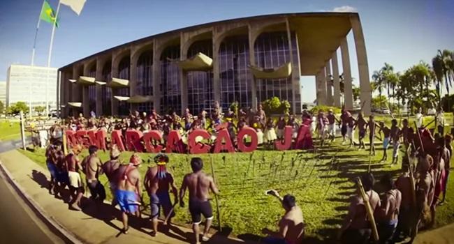 hino demarcação terras indígenas cantadas artistas