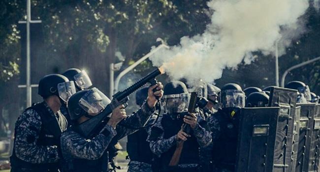 temer fronteiro estado de direito ditadura manifestações protesto